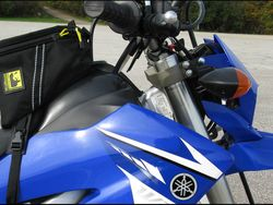 WR250R-Lowering-Front-Forks