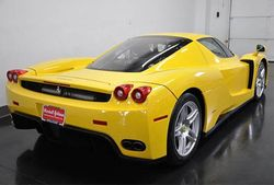 2003-Ferrari-ENZO-Yellow-rear