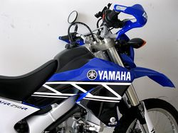 Wr250R-2012-02-15-New-Blue-Black-Graphics-2