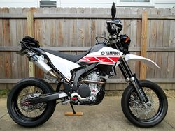 WR250X-2012-05-03-new-graphics-white-4