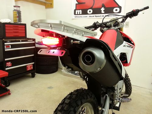 CRF250L-DRC-Edge-Integrated-Tail-Light--Brake-On