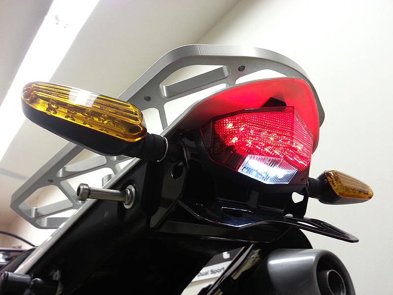 CRF250L-DRC-Edge2-Tail-Light-with-DRC-602-flashers-3
