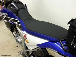 WR250R-Seat-Concepts-Low-Height-Blue-Black-Gripper-3