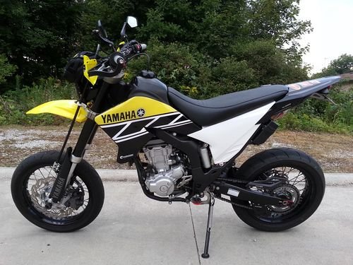 Yamaha-WR250X-Retro-Yellow-Black