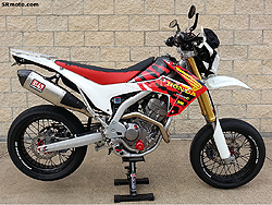 CRF250L-Throwback-Tanki-Shroud-Graphics-Full-Bike-1-ICON