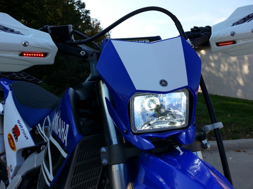 WR250R-WR250X-Cyclops-LED-Headlight-Bulb-Closeup