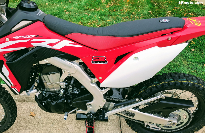 CRF450L-Seat-Concepts-Comfort-Seat-Low-Height-Red-Black-Low-Slip-2