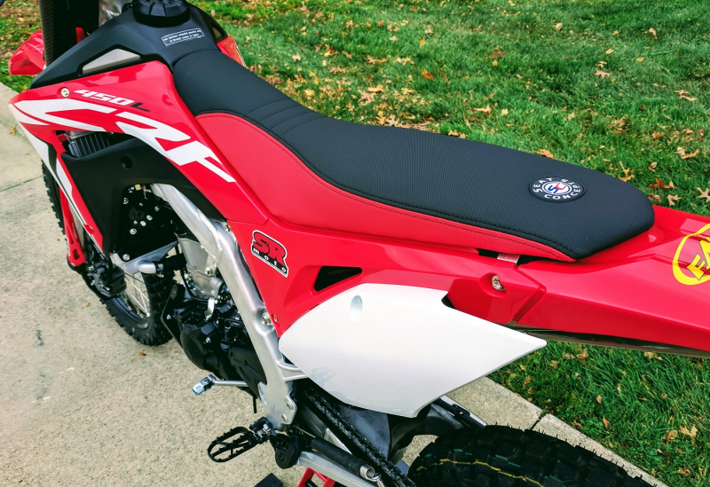 CRF450L-Seat-Concepts-Comfort-Seat-Standard-Height-Red-Black-Low-Slip-3