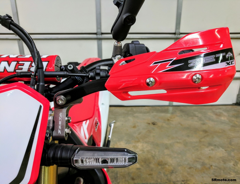 CRF450L-Handguards-Zeta-PRO-Armor-Triple-Clamp-Mount