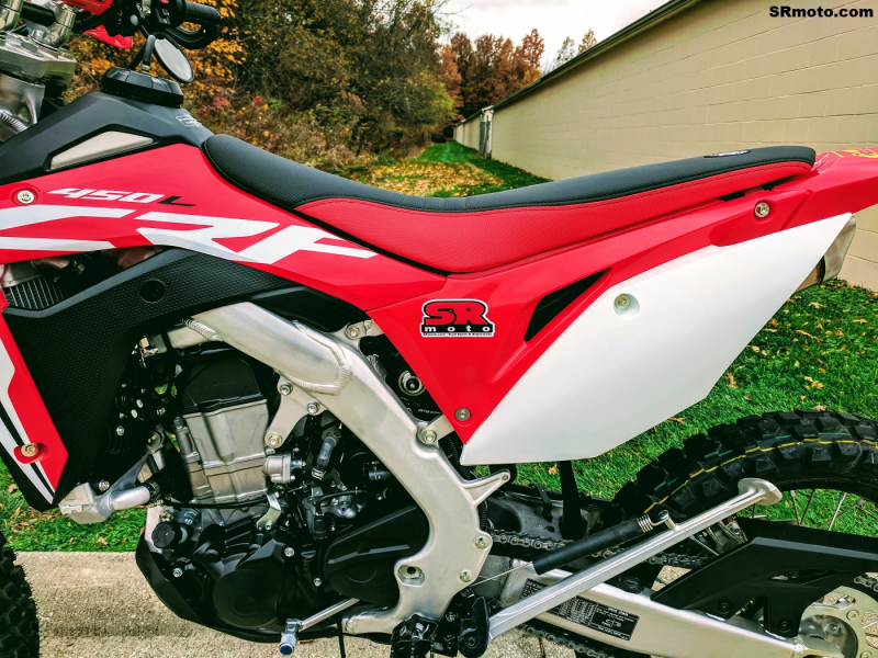 CRF450L-Seat-Concepts-Comfort-Seat-Low-Height-Red-Black-Low-Slip-5