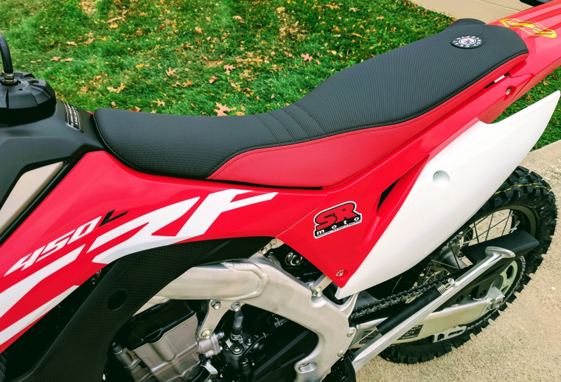 CRF450L-Seat-Concepts-Comfort-Seat-Low-Height-Red-Black-Low-Slip-3