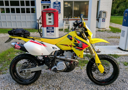 Suzuki-DRZ400SM-Yellow-Fall-2019-4